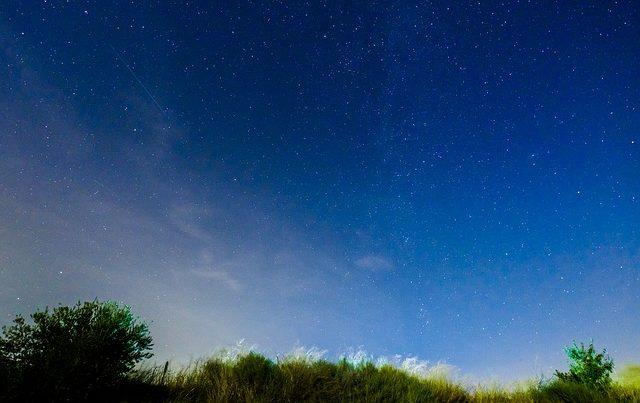 moonlight-1603271_640